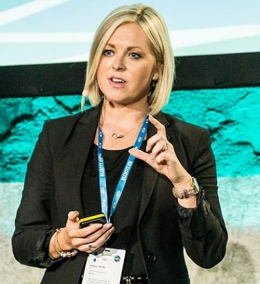 Shining a light between the rock and the hard place: The importance of information to empower health-app users Liz Ashall-Payne, CEO, ORCHA
