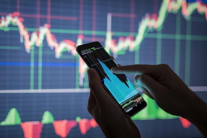 The eye-opening new world of alternative investor data