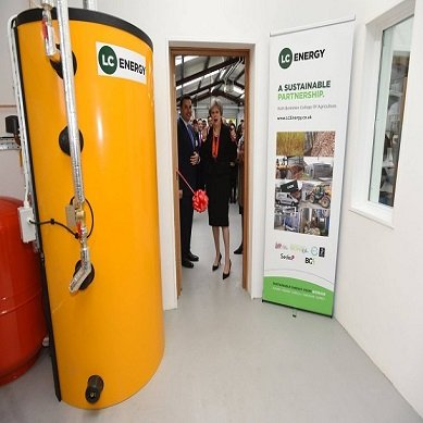Theresa May opens The UK's first renewable energy training facility