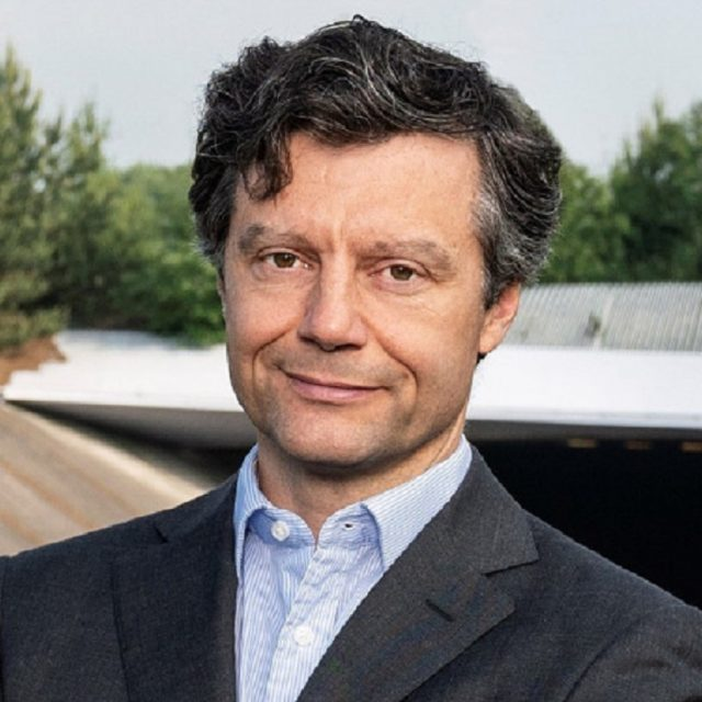 Robert Tissing, General Director