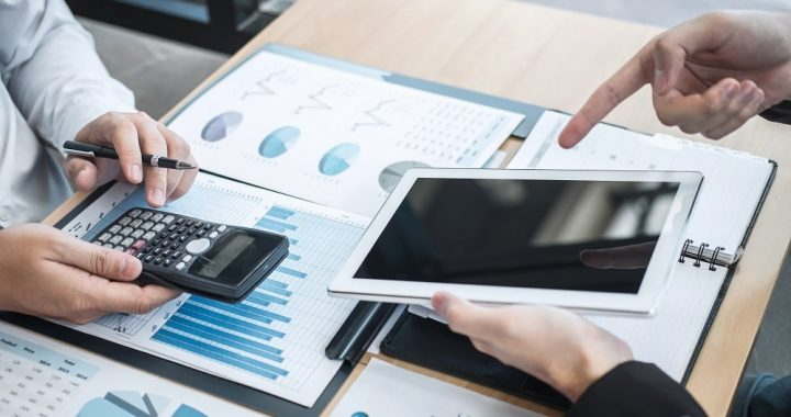 How financial advisory can help your business to grow further?